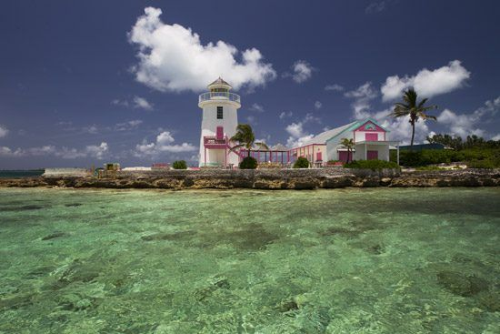 IFF Islands_Nassau & Paradise Island Lighthouse_Image_Bahamas.com