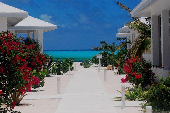 IFF Islands_San Salvador Resort_Image_Bahamas.com